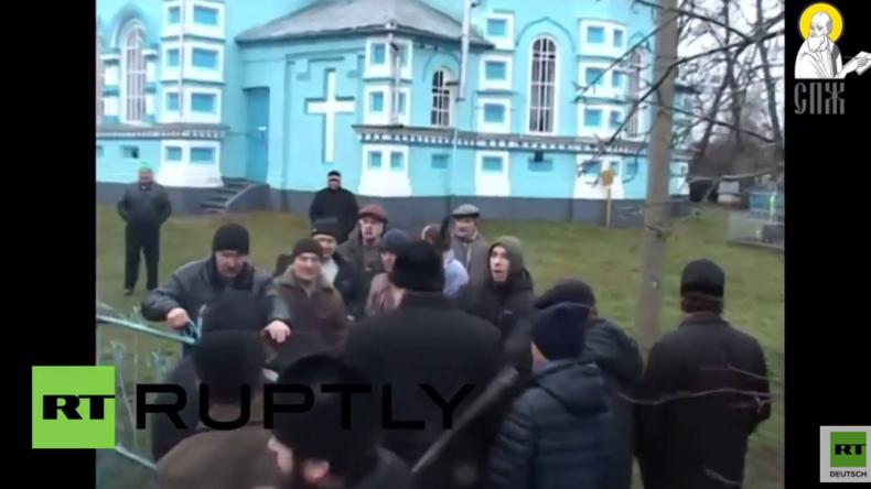 Ukraine: Rechter Sektor greift Kirchenmitglieder an und versucht Kirche einzunehmen