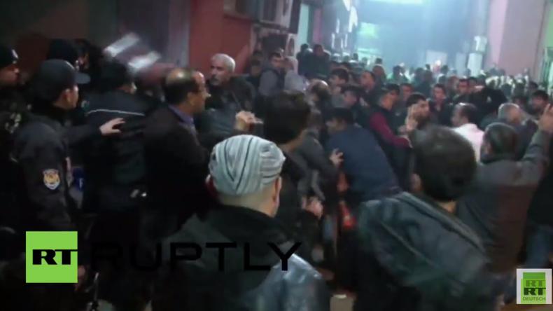 Türkei: Zusammenstöße zwischen Demonstranten und Polizei nach Erschießung von Demonstranten