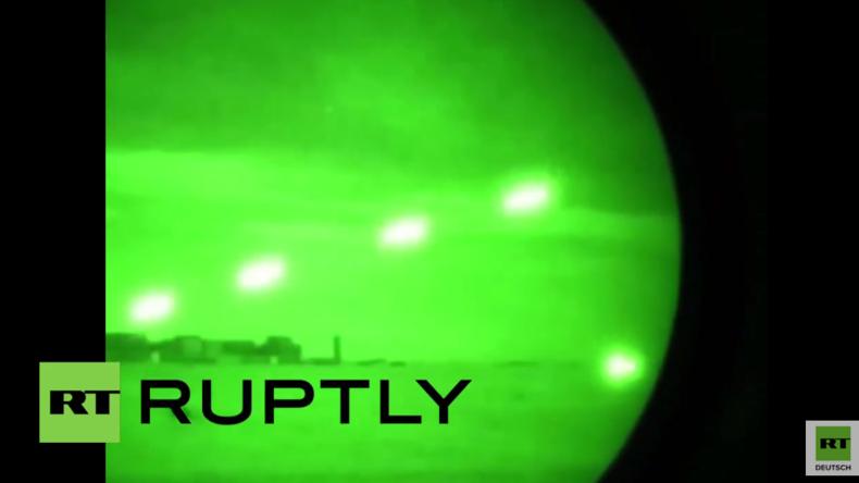 Irak: Luftstreitkräfte führen Angriffe gegen IS-Positionen um al-Hawidscha aus