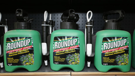 Selbst von Hobbygärtnern wird Monsantos Roundup eingesetzt