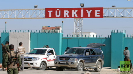 Übergang an der türkisch-syrischen Grenze