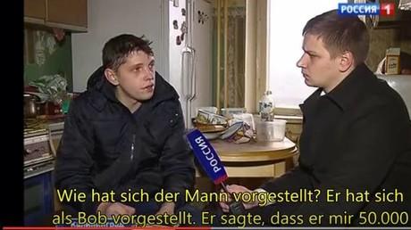Juri, der im ZDF Igor genannt wird mit einem Reporter des russischen Senders Rossija 1
