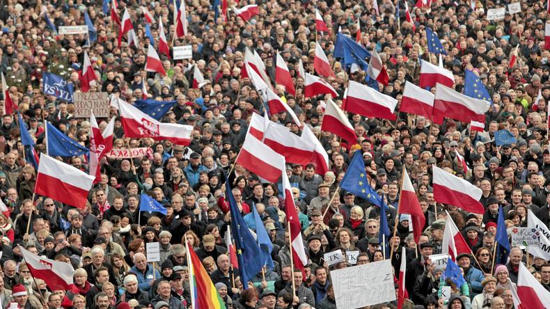 Anti-Regierungs-Demonstration in Posen am 19. Dezember 2015.
