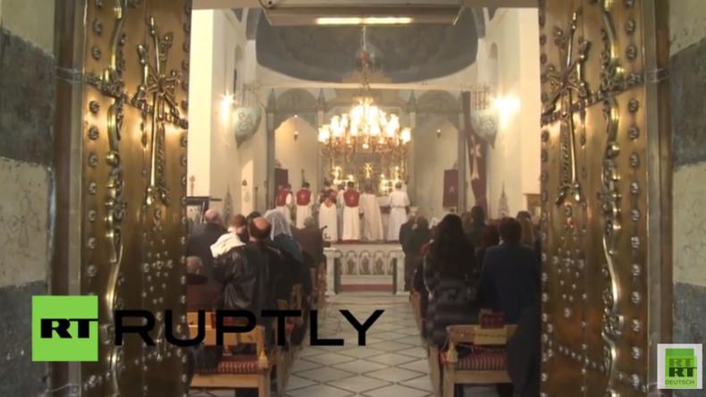 Syrien: Orthodoxe Armenier halten Weihnachtsmesse in Damaskus