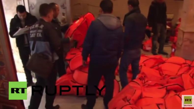 Türkei: Bei Razzia über 1.000 Fake-Schwimmwesten und Kinder-Arbeiter entdeckt