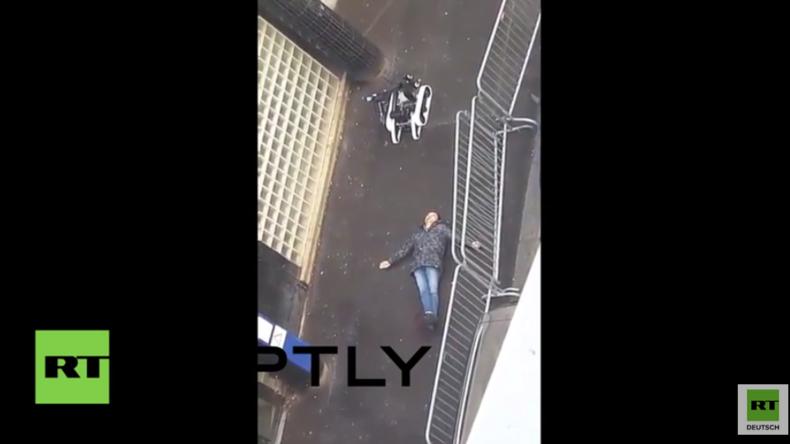 Paris: Sprengstoffroboter untersucht Leiche von mutmaßlichem Terroristen