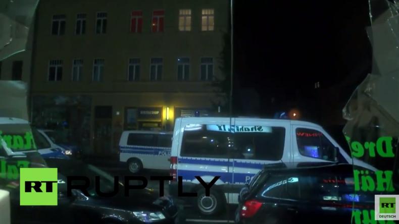 Leipzig: Während Proteste für und gegen Legida friedlich verlaufen, wüten in Connewitz rechte Hools