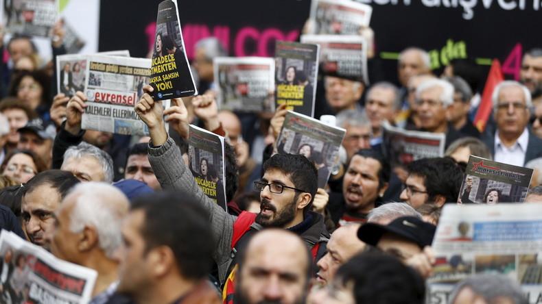 Türkei: Terror-Anklage gegen Fernsehsender