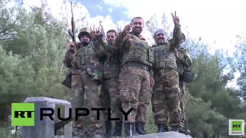 Syrien: Syrische Armee feiert Befreiung von Salma und dankt Russland für die Unterstützung