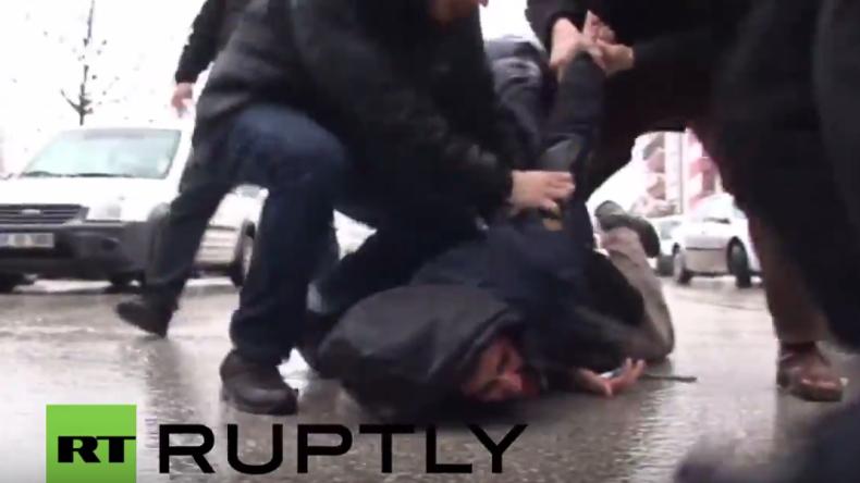 Türkei: Demonstration gegen Erdogan in Ankara brutal aufgelöst