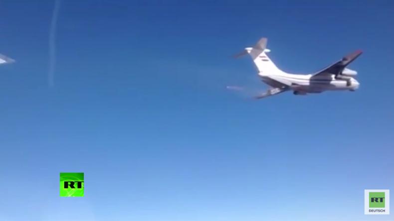 Syrien: Russland beginnt humanitäre Operation und wirft erstmals über Deir ez-Zor Hilfsgüter ab
