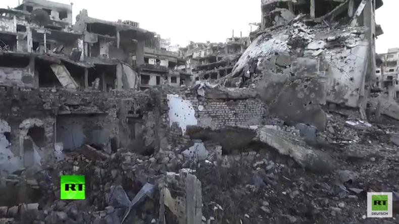 RT-Exklusiv-Aufnahmen aus Syrien: Drohne dokumentiert totale Verwüstung in Homs