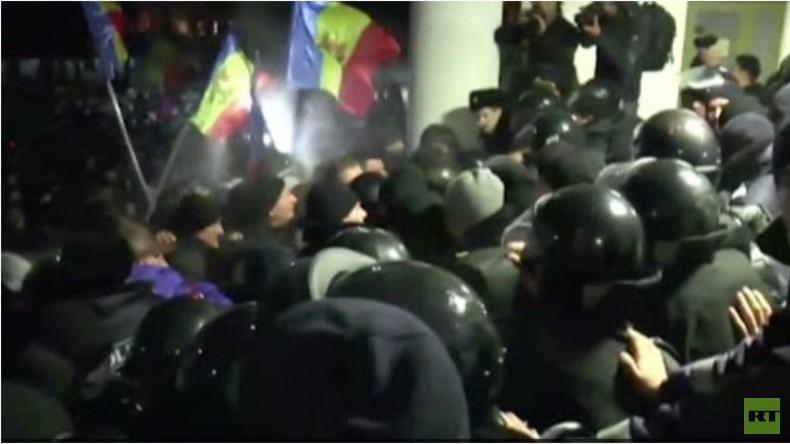 Live: Moldawien - Stürmung des Parlaments in Hauptstadt Chisinau