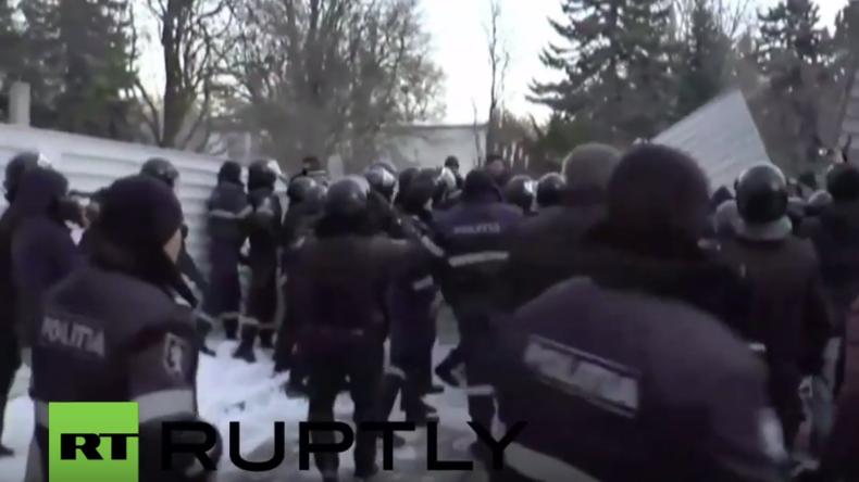 Umsturz-Stimmung in Moldawien: Protestler stürmen Parlament kurz nach Ministerpräsidents-Ernennung