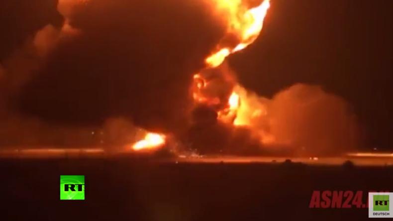 Video zeigt angeblich Explosion von russischem Langstreckenbomber Tu-95-Bär auf dem Rollfeld