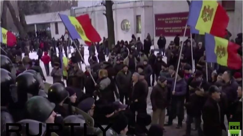 Live: Moldawien - Anti-Regierungsproteste in Kischinau halten an