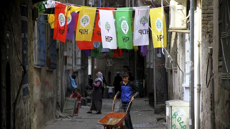 Ausnahmezustand in den kurdischen Gebieten