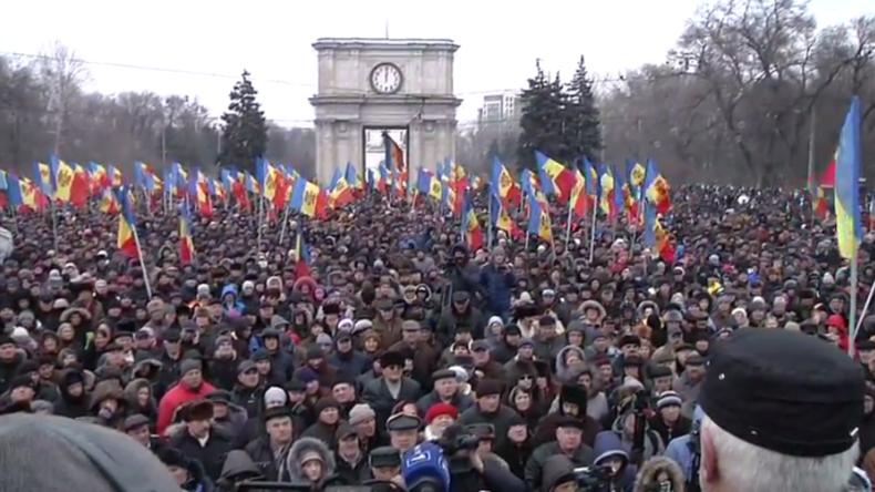 Live aus Moldawien: Gegen Korruption und die EU - Tausende protestieren erneut in Kischinau