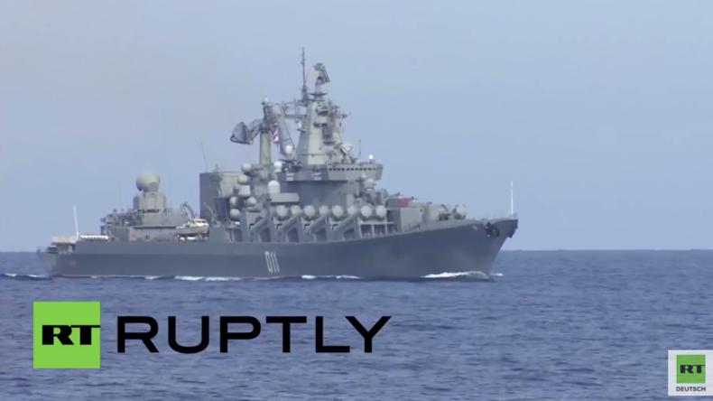 """Syrien: Medienvertreter dürfen russischen Zerstörer """"Vizeadmiral Kulakow"""" in Latakia begutachten"""