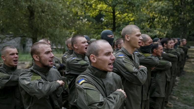 Auf Druck des Pentagons: US-Kongress hebt Verbot der Unterstützung des Asow-Bataillons auf