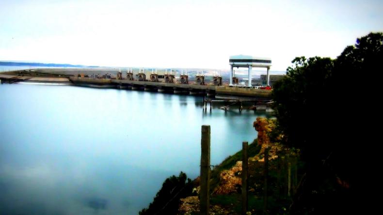 """Schlüsselposition: """"Islamischer Staat"""" igelt sich auf Tabqa-Staudamm in Syrien ein"""