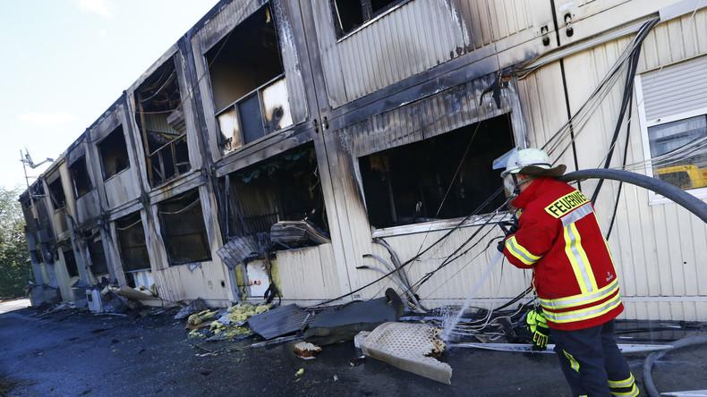 Brennende Flüchtlingsheime in Deutschland - Wer steckt hinter dem Hass?