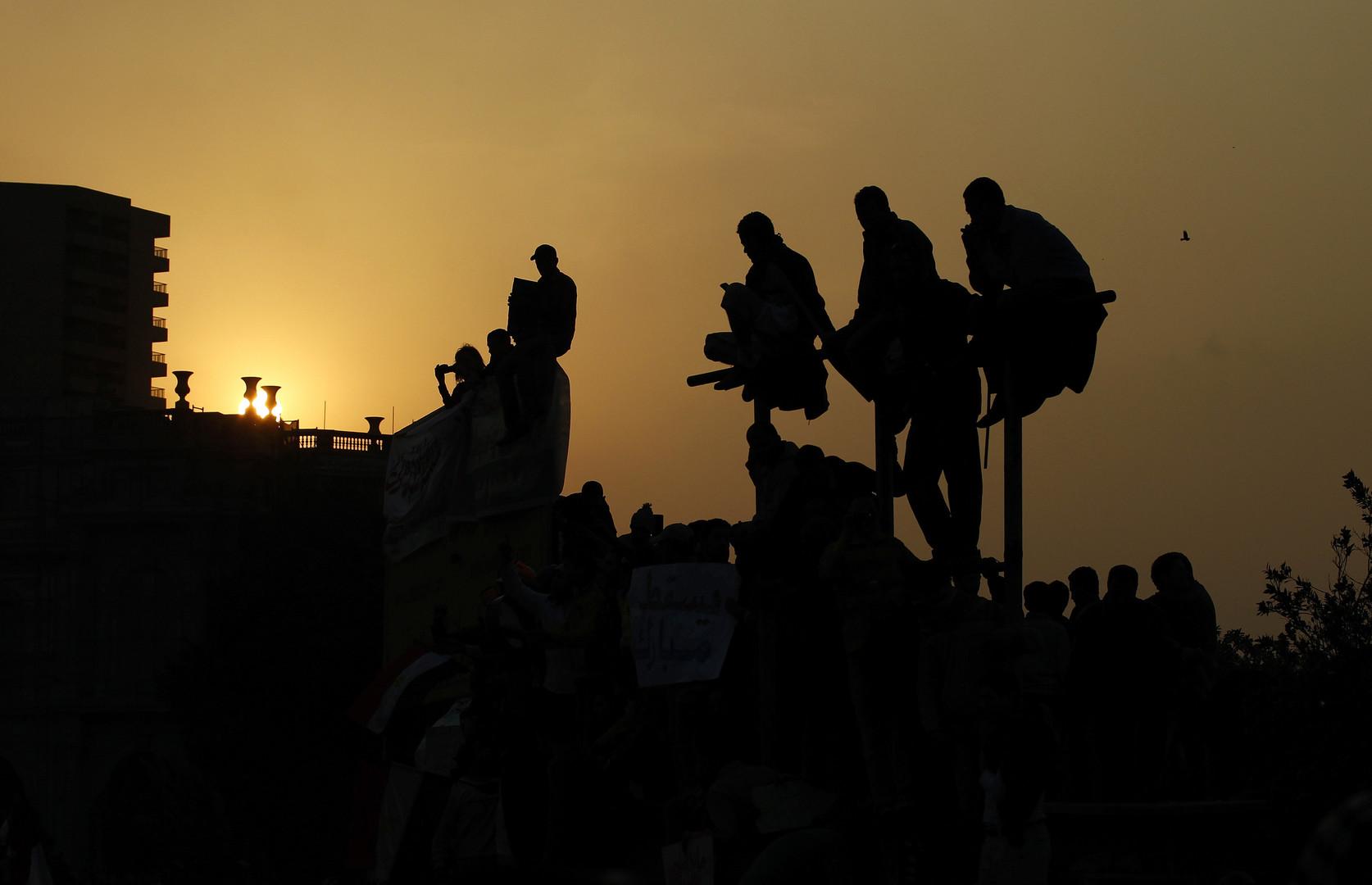 In der Nacht bleibt der Tahri-Platz nun besetzt.