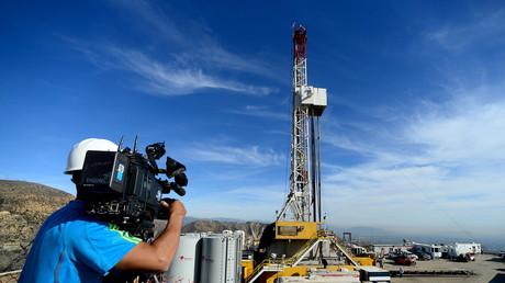 SoCal Gas und externe Experten arbeiten seit Anfang Dezember 2015 an der Entlastungsbohrung am Aliso Canyon Gasfeld bei Porter Ranch, nahe Los Angeles.