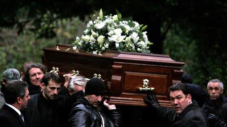 Der Sarg des ermordeten Alexander Litwinenko bei dessen Beerdigung in London
