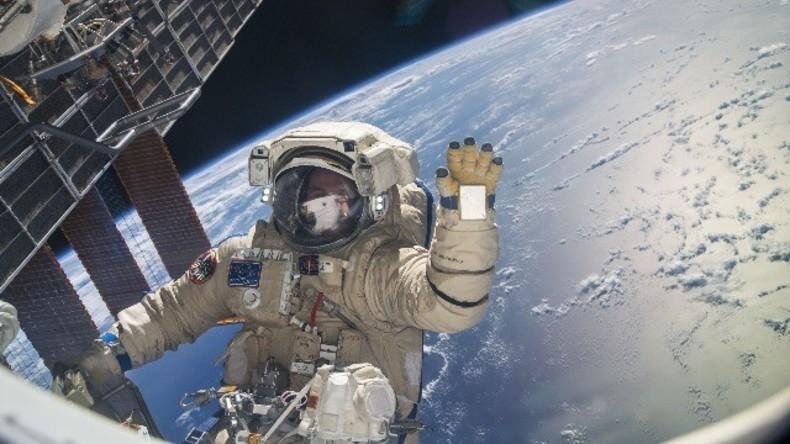 Live: Montage-Einsatz im All - Weltraumspaziergang der ISS-Crew
