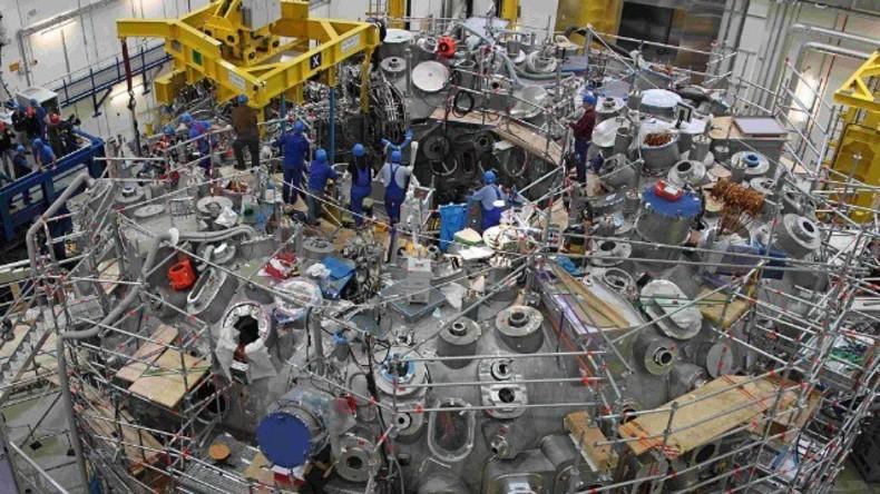 """Live: """"Sternenmaschine"""" wird eingeschaltet: Fusions-Reaktor W7-X soll sicheren Atomstrom ermöglichen"""