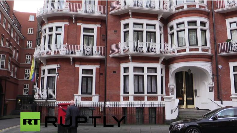 Live: Verlässt Julian Assange heute die ecuadorianische Botschaft in London?