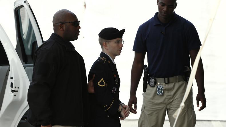 Whistleblowerin Chelsea Manning berichtet ausführlich über Haftbedingungen in US-Militärgefängnis