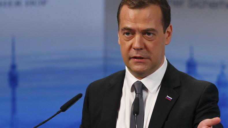 Medwedew: Syrienkonflikt kann nur durch Zusammenarbeit zwischen Russland und den USA beendet werden