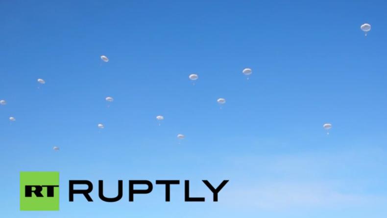 Großmanöver: Russische Luftlandetruppen üben für den Ernstfall