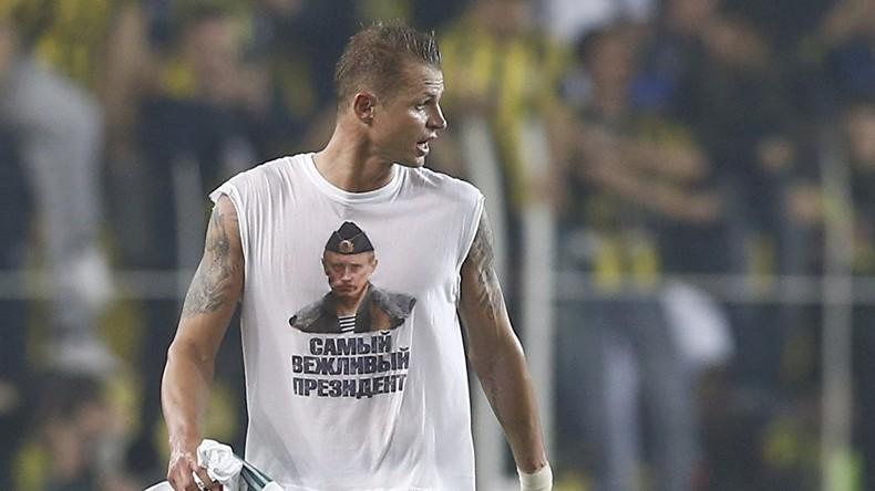 Wegen Putin-Shirt: UEFA droht Spieler zu sperren