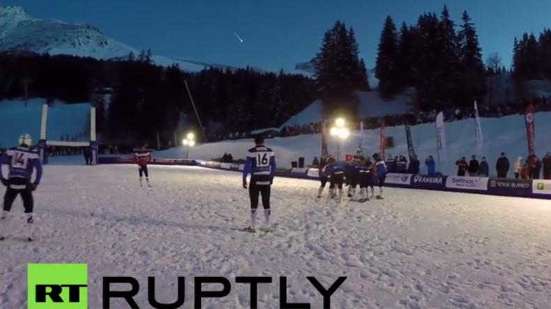 """Frankreich: """"Special effect"""" für Zuschauer - Meteorit schweift während Rugby-Spiel am Himmel entlang"""