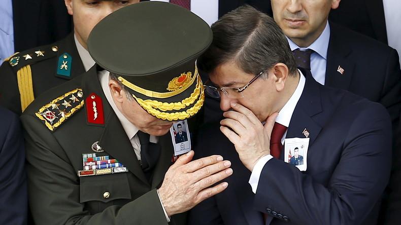 Angeblich Dutzende türkische Militärfahrzeuge in Syrien eingedrungen sowie Grabenbau gestartet
