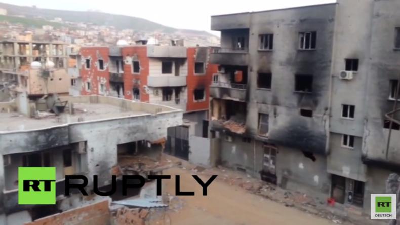 Dem Erdboden gleichgemacht – Schockierende Bilder aus Cizre: Hier sollen 150 Menschen verbrannt sein