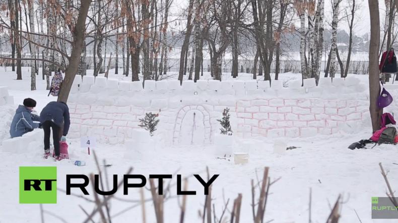 Hoffnung auf Eintrag ins Buch der Rekorde: Riesige Schneeburg in Russland erbaut