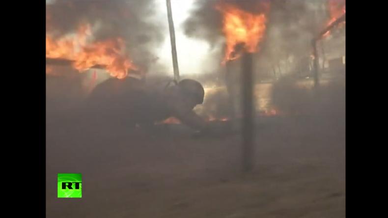 Militärtraining in China: Kopfüber die Hauswand runter, durchs Feuer kriechen und Bogenschießen