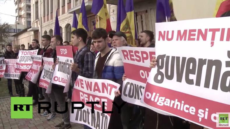 """Moldawien: """"Wir wollen ein friedliches Land bleiben"""" - Demonstration vor US-Botschaft und NATO-Büro"""