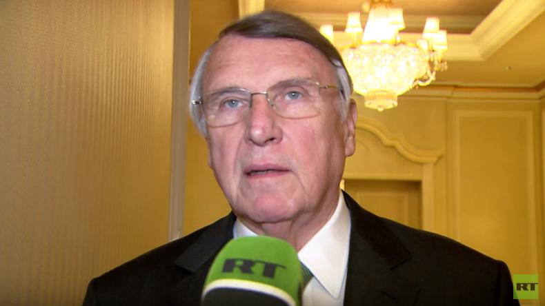 Mangold zu deutsch-russischen Beziehungen: Weniger mit dem Zeigefinger belehrend auf Moskau zeigen