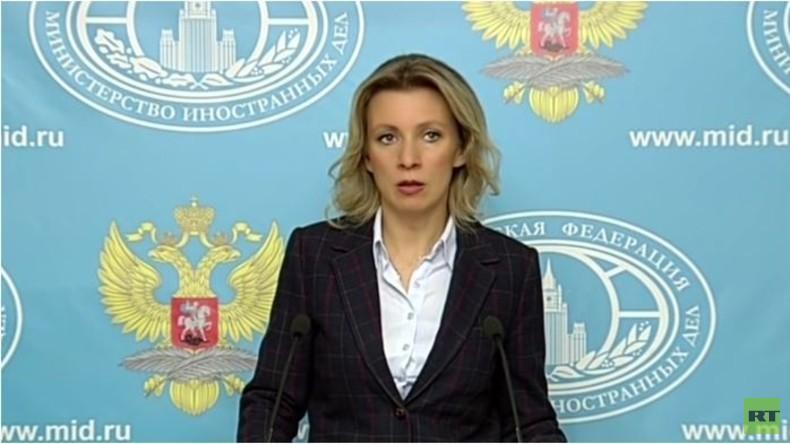 Live: Wöchentliche Pressekonferenz von Maria Sacharowa in Moskau - englische Übersetzung