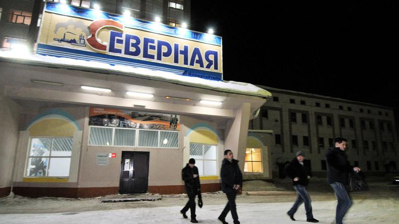 """Russland: Grubenunglück im Bergwerk """"Sewernaja"""": Vier Tote, Schicksal von 26 Kumpeln ungewiss"""