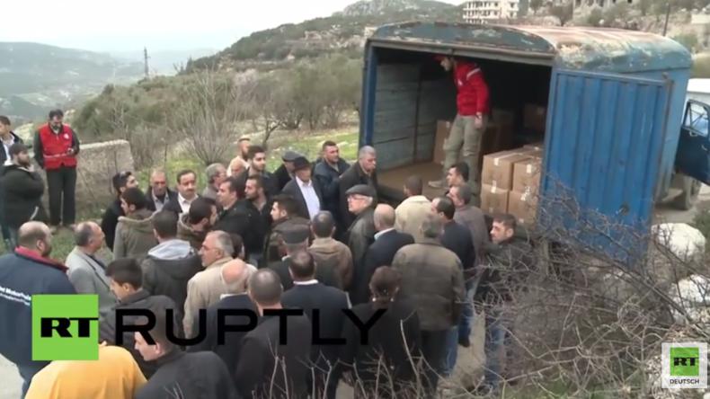 Waffenruhe in Syrien: Humanitäre Hilfe wird an die Einwohner von Kinsabba verteilt