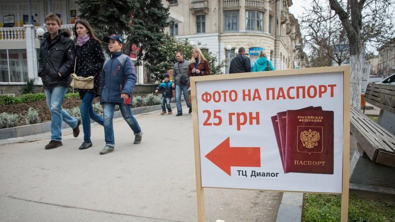 Russische und deutsche Staatsbürgerschaft - Der Schalke-Verteidiger Roman Neustädter hat wohl noch einen langen Weg vor sich, bevor er das Recht auf eine doppelte Staatsbürgerschaft erhält.