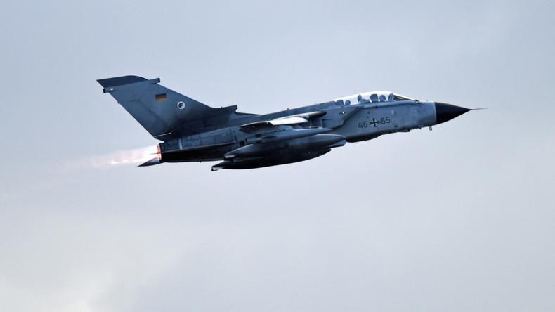 Deutscher Tornado im Einsatz über Syrien