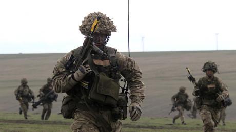 Britische Soldaten bei der Militärübung