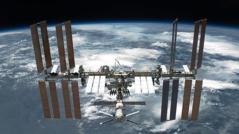 LIVE: ISS Besatzungsmitglieder verlassen nach fast einem Jahr im All die Raumstation